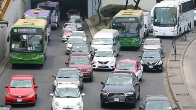 Foto: Semáforo sanitario determinará Hoy No Circula obligatorio: Lajous