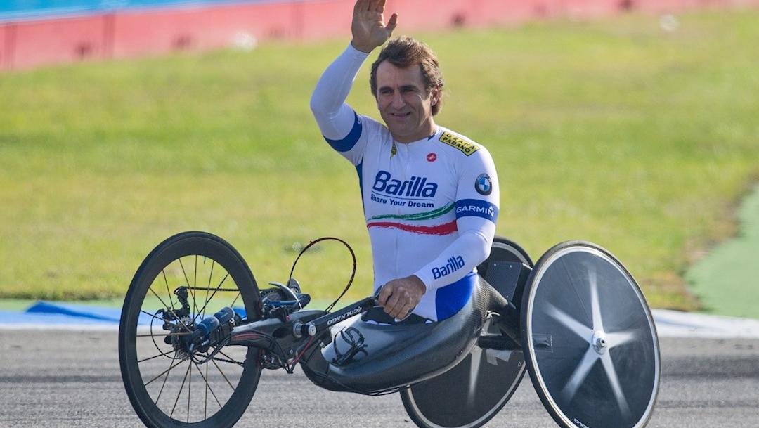 Alex Zanardi, expiloto de Fórmula Uno y ganador de cuatro medallas de oro paralímpicas. (Foto: EFE/archivo)
