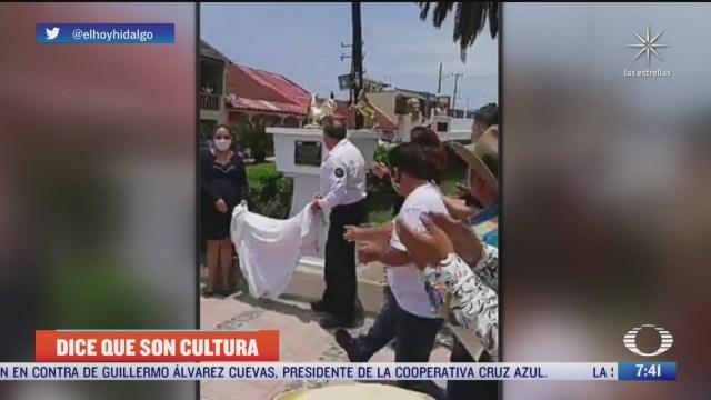 alcalde declara pelea de gallos como bien inmaterial cultural de tianguistengo