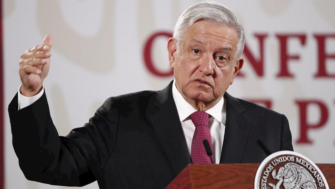 El presidente de México, Andrés Manuel López Obrador, habla durante una rueda de prensa matutina en Palacio Nacional. (Foto: EFE)