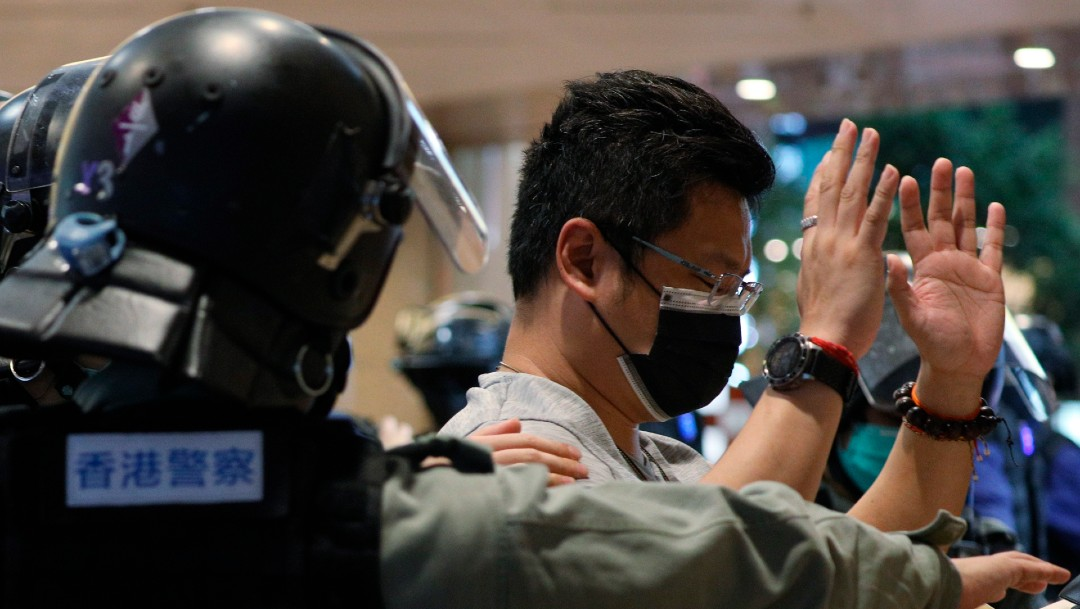 Arrestan a manifestante en Hong Kong; protestas contra ley de seguridad