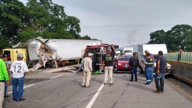 Carambola deja siete lesionados en Córdoba, Veracruz