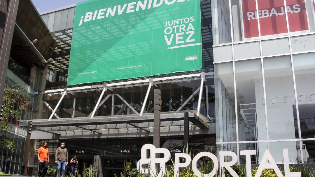 Los centros comerciales reabren bajo estrictas medidas sanitarias en CDMX este 8 de julio. (Foto: Cuartoscuro)