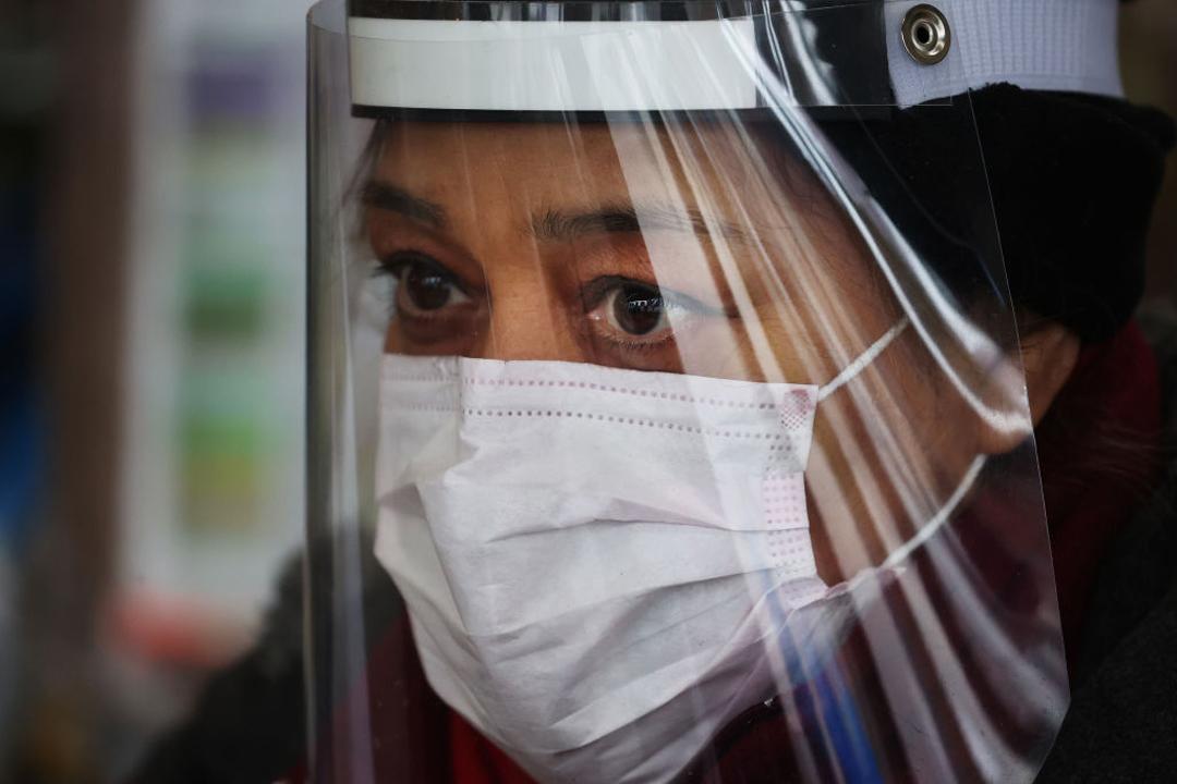 Cómo hacer careta de plástico contra coronavirus