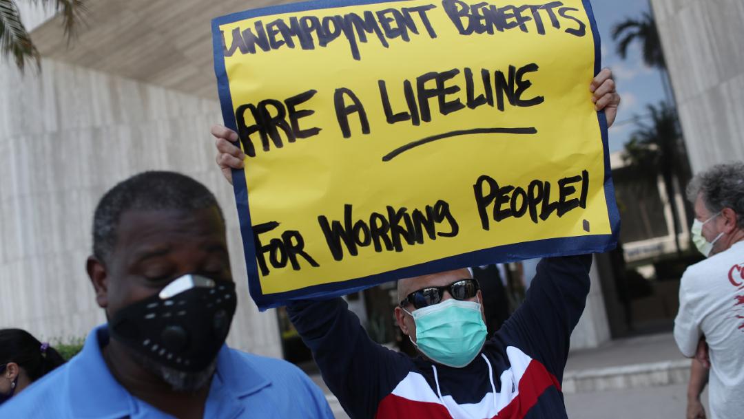 Aumentan pedidos de ayuda por desempleo en EEUU por crisis COVID-19