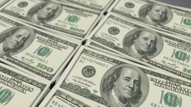 Peso mexicano pierde por sexta jornada atento a ayuda en EEUU