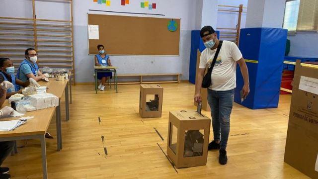 Abren centros de votación en República Dominicana para la elecciones presidenciales y legislativas. (Foto: EFE)