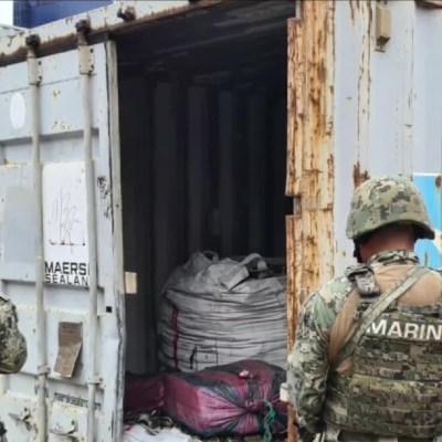 Detienen a dos con más de 100 kilos de cocaína en Manzanillo, Colima