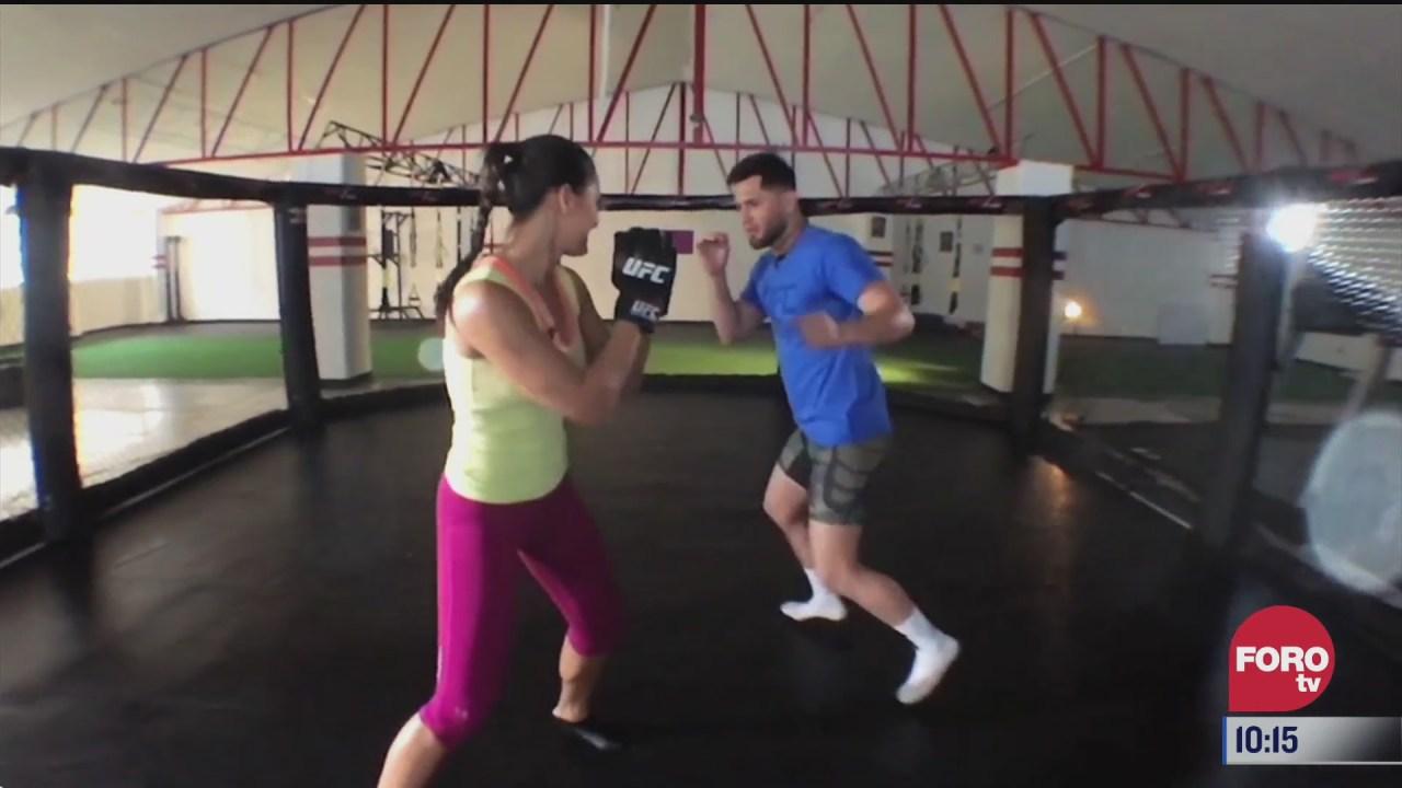 entrenando kick boxing