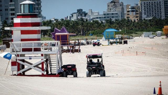 Florida celebra la Independencia con restricciones y nuevo récord de COVID-19