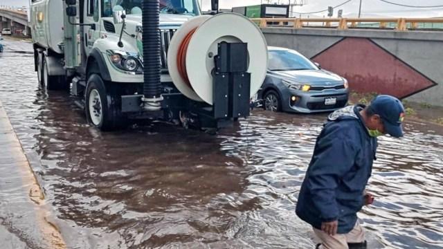 Intensa granizada provoca encharcamientos en Pachuca, Hidalgo