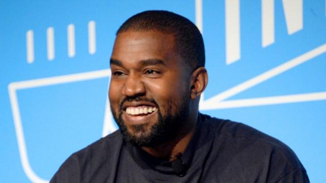 Rapero Kanye West publica una serie de tuits 'extraños' durante la noche