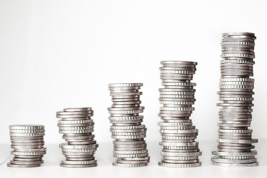 El acertijo viral con monedas que muchos no pueden resolver