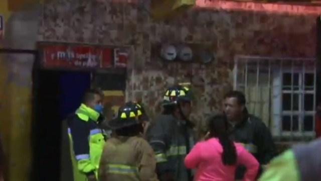 Mueren animales durante incendio en una casa de la GAM, en CDMX