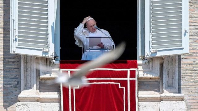 Papa Francisco anima a jóvenes a prestar atención a los ancianos durante pandemia