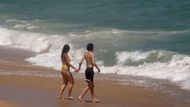 Playas de Acapulco cerrarían de nuevo si turistas incumplen medidas por COVID-19