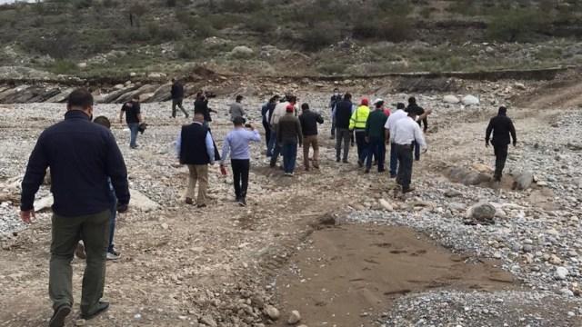 Por aire y tierra buscan a Lluvia, niña arrastrada por 'El Saucillo', en Ramos Arizpe