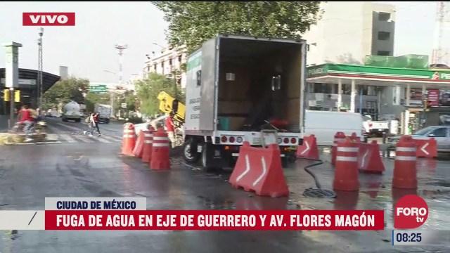 reparacion de fuga de agua provoca intenso trafico en la alcaldia cuauhtemoc cdmx