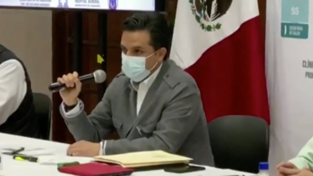 Zoé Robledo, director del IMSS, sufre accidente carretero en Chiapas