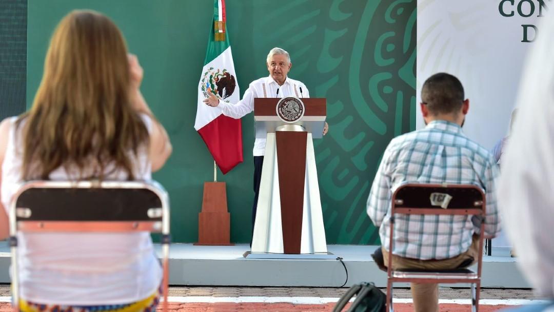 El presidente Andrés Manuel López Obrador durante su conferencia matutina en Cajeme, Sonora