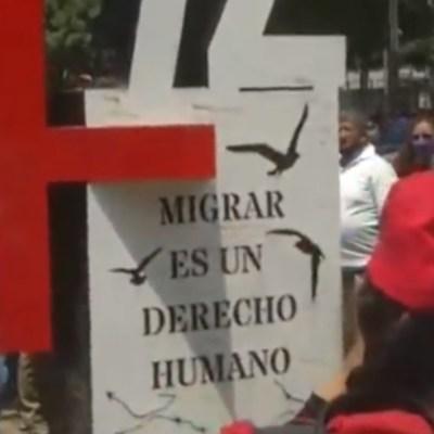 Instalan antimonumento frente a embajada de Estados Unidos por masacre de San Fernando