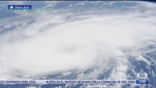 asi se ve el huracan laura desde el espacio