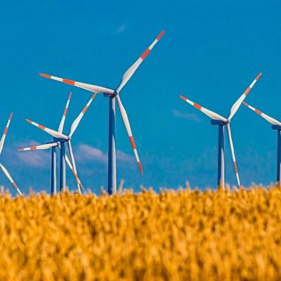Así es como el cambio climático afecta la producción de energía verde