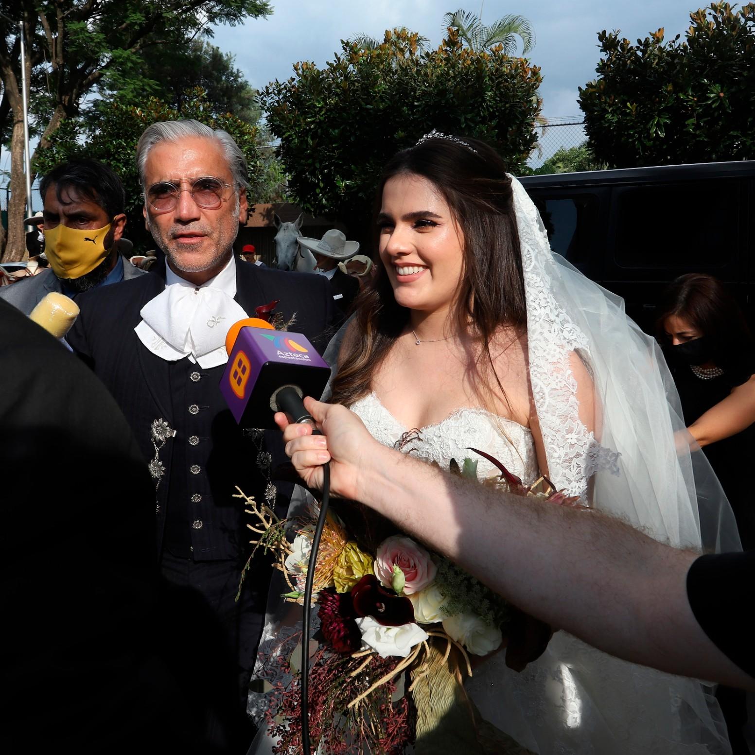 Camila, la hija de Alejandro Fernández, se casa al estilo charro en Jalisco