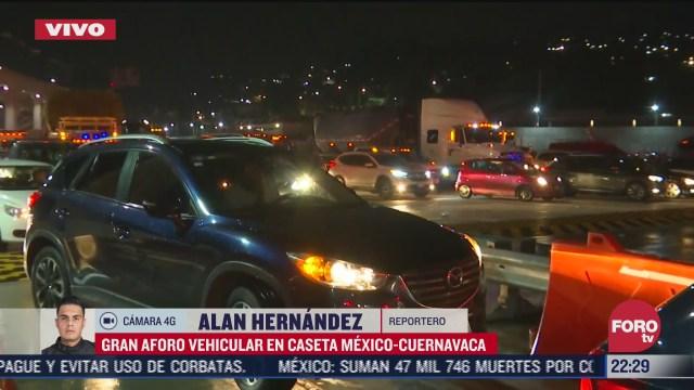 FOTO: 2 de agosto 2020 caseta mexico cuernavaca registra gran aforo vehicular en plena pandemia