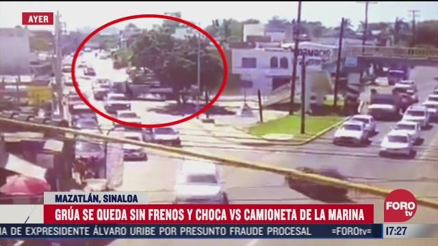 choque de grua contra camioneta de marina deja un muerto en mazatlan
