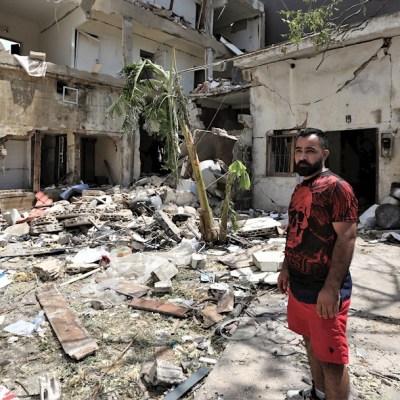 La explosión se produjo en un almacén del puerto de Beirut donde desde 2014 se guardaban casi 3 mil toneladas de nitrato de amonio sin las debidas medidas de seguridad