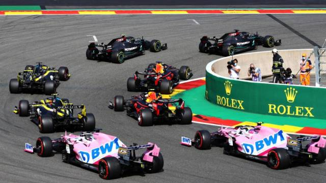 El británico Lewis Hamilton afianza su liderato tras ganar el Gran Premio de Bélgica; el mexicano 'Checo' Pérez termina décimo