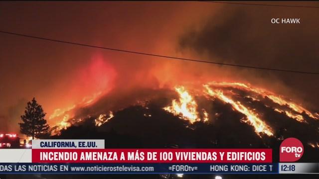 incendio amenaza a mas de 100 viviendas y edificios en eeuu