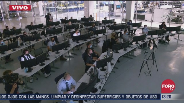 FOTO: 2 de agosto 2020, isaias se siente en florida a la espera de astronautas de la nasa