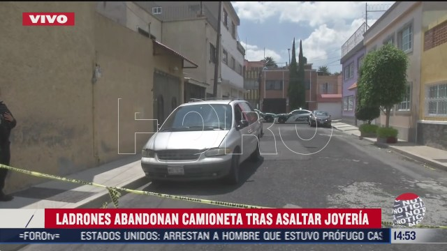 ladrones abandonan camioneta tras asaltar joyeria en plaza tepeyac