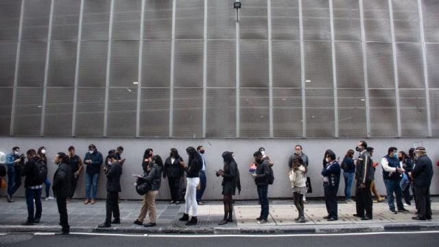 Largas filas se registran en la CDMX para tramitar juicios de tipo familiar
