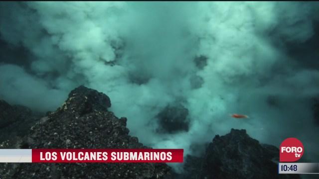 los volcanes submarinos