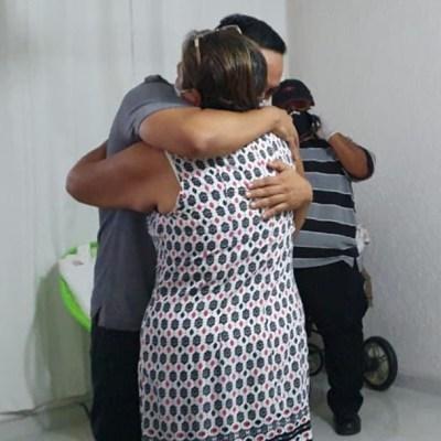 Médico Grajales Yuca abandona el hospital en Chiapas y regresa a casa