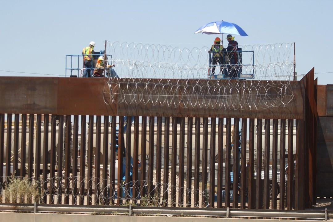 Tribu-demanda-a-Donald-Trump-por-muro-fronterizo