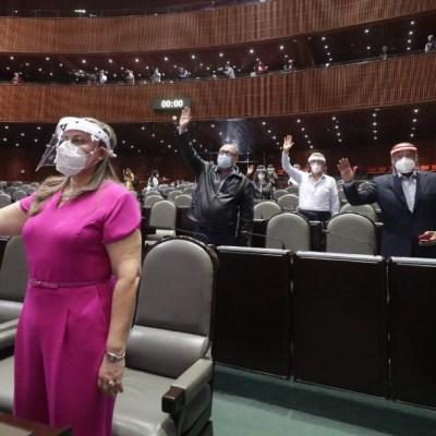 Ninguna reforma debe votarse desde casa, advierte senador de Morena