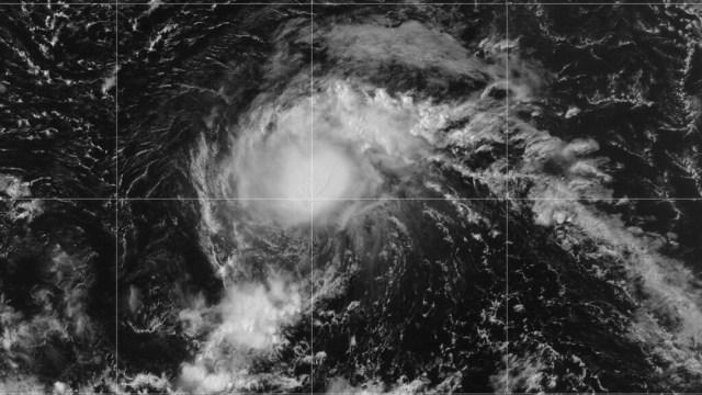 Se forma la tormenta tropical 'Josephine' en el océano Atlántico.