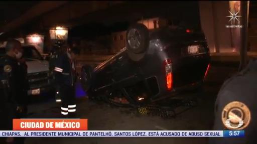trailer choca contra camioneta en calzada ignacio zaragoza en cdmx