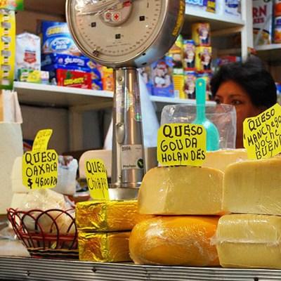 Ya no habrá quesos 'tipo' manchego, gouda o parmesano; serán imitación a partir de 2021