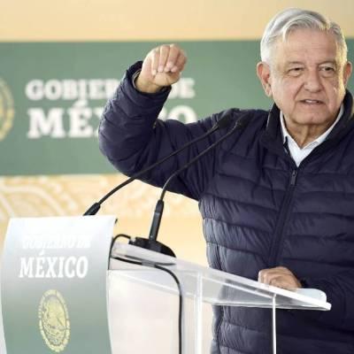 """Hay 20 mil mdp para vacuna contra COVID-19; """"México será de los primeros países en recibirla"""": AMLO"""