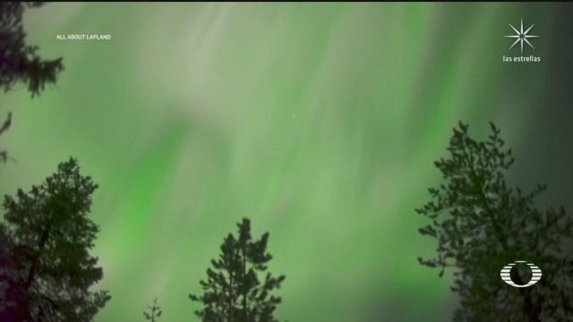 auroras boreales iluminaron el cielo de rovaniemi en finlandia