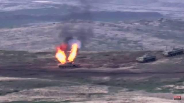 La OTAN pidió el cese de las hostilidades entre Azerbaiyán y Armenia, que ya registra víctimas civiles
