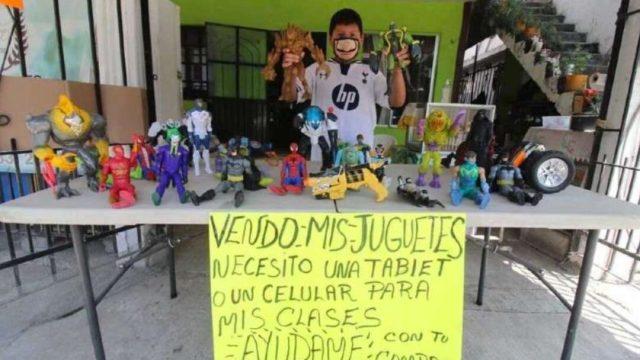 Niño vende sus juguetes para comprar tablet para la escuela en Tamaulipas