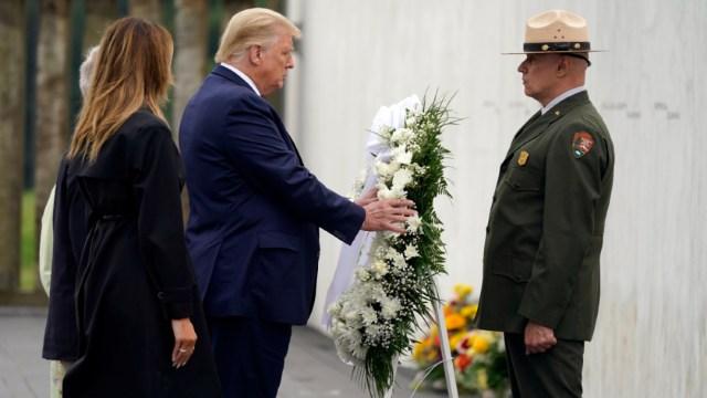 El presidente Donald Trump en la ceremonia en memoria de los fallecidos en los atentados terroristas del 11S.