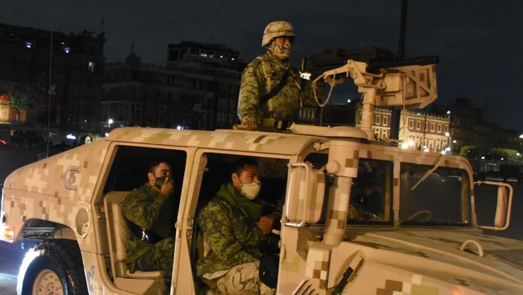 escuadrones participan en desfile militar