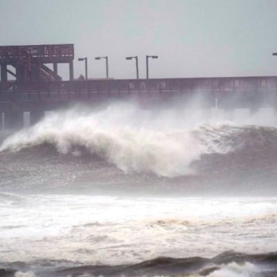 Huracán 'Sally' toca tierra en Alabama, al sur de Estados Unidos como categoría 2